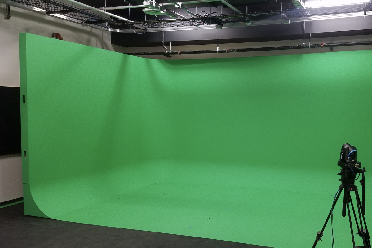 cyclorama, CYC, free standing cyclorama, free standing cyc, free standing green screen, green screen, chroma key green, green call, virtual environment, cycs, dc bar association