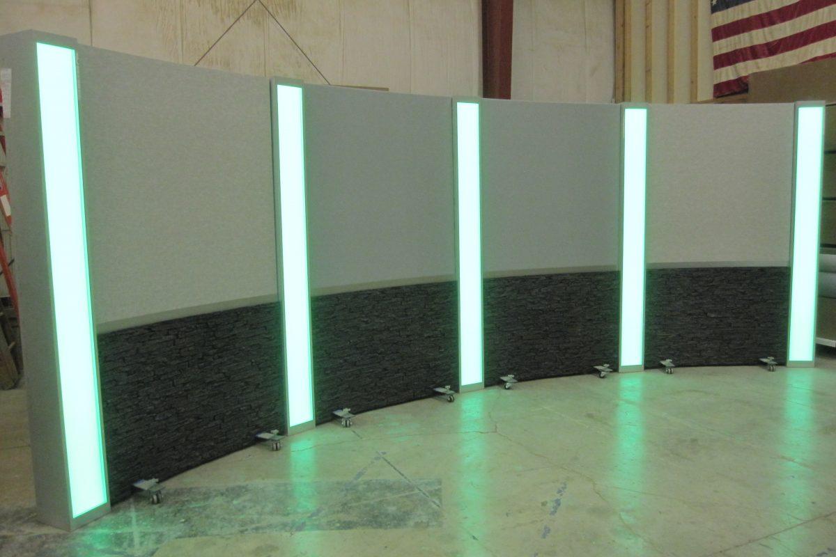 Rolling Panel System, Light box columns, LED columns, set background, studio background, reversible background ,modular background, UNISET