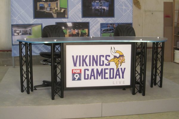 UNIPRO Desk system, Minnesota Vikings, standard height news desk, Vikings Game Day, Interview news desk, sports desk,