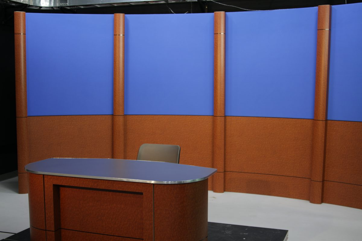 wall column system, standard finishes, set background, studio background, set backdrop, studio backdrop, fixed background, nuns desk system, nuns, interview desk system, news desk system