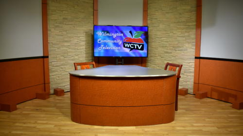 WCTV - NUNS Desk System w/ Cognac Birdseye Finish (C Top)
