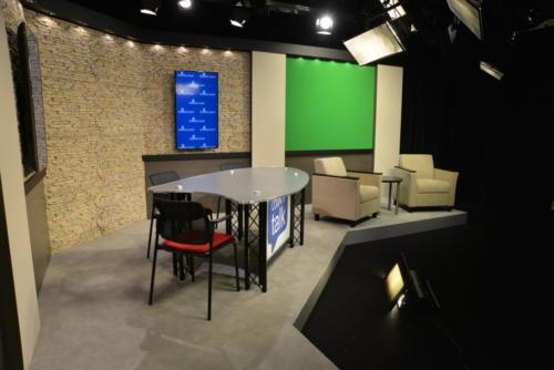 Sarasota  UNIPRO studio system riser